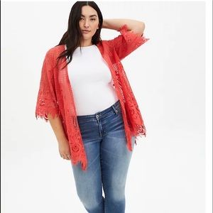 Torrid bright coral kimono with floral detail